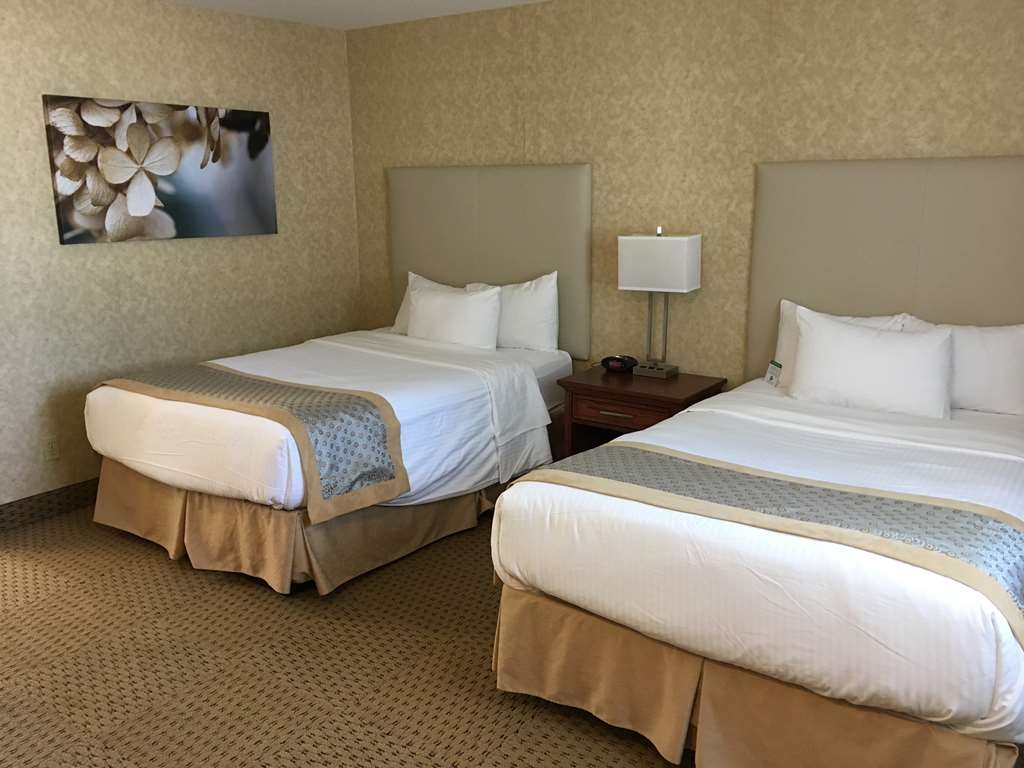 Best Western Voyageur Place Hotel - Exterior access to this 2 Double bed guestroom