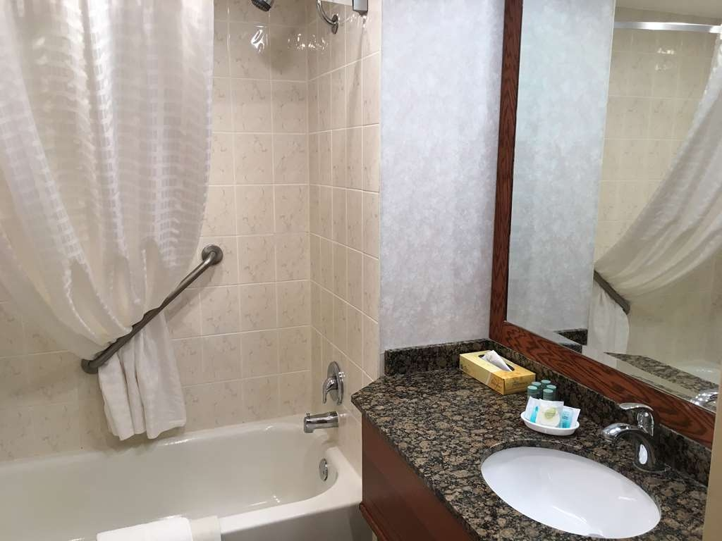 Best Western Voyageur Place Hotel - Cleanliness is a top priority at our property