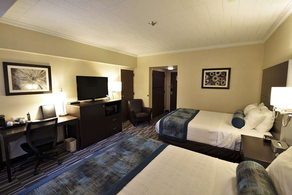 Best Western Downtown Sudbury Centreville - Two Queen Beds