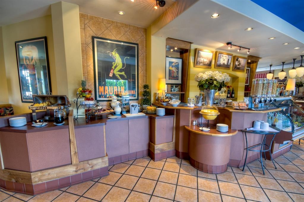 Best Western Plus Stoneridge Inn & Conference Centre - Zona de desayunos