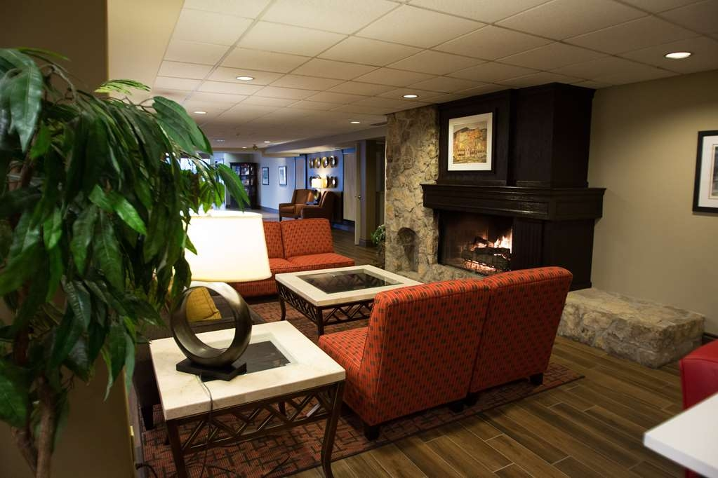 Best Western Plus Stoneridge Inn & Conference Centre - Vue du lobby