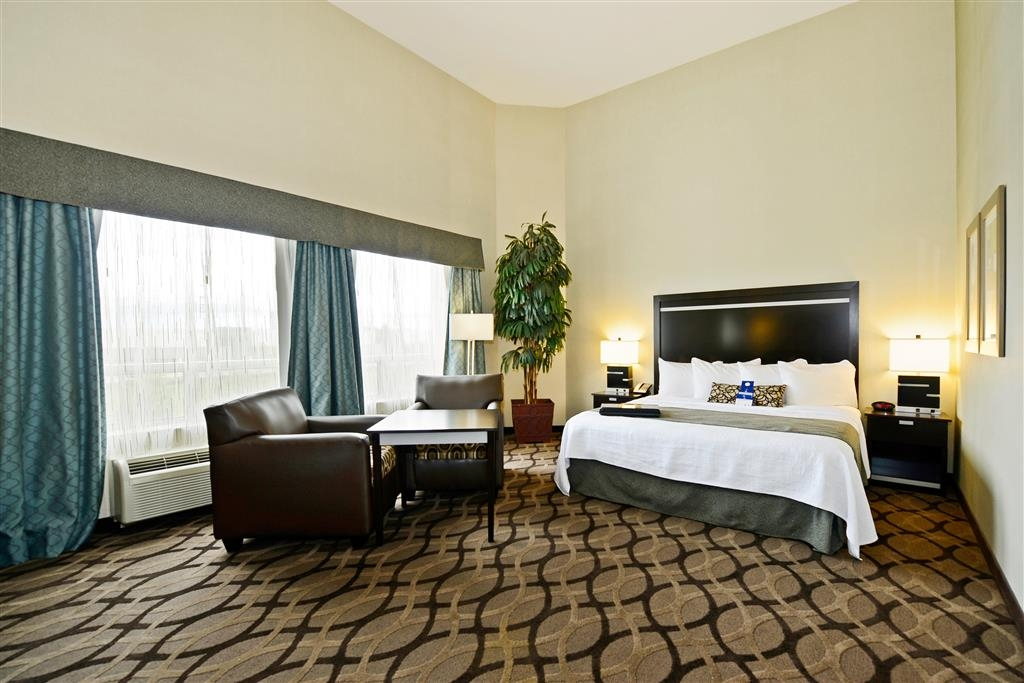 Best Western Plus Travel Hotel Toronto Airport - Hotelzimmer