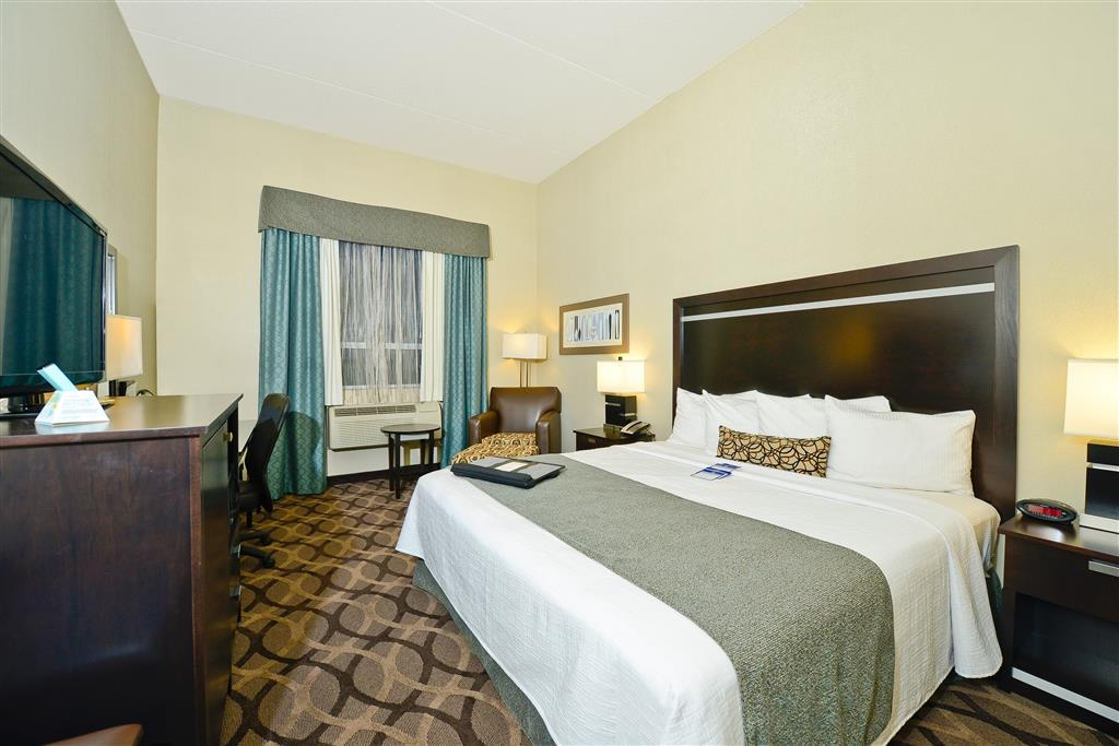 Best Western Plus Travel Hotel Toronto Airport - Kingsize-Gästezimmer
