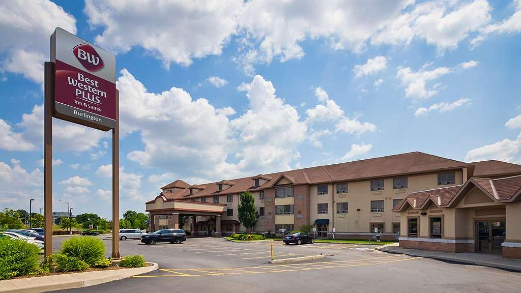 Best Western Plus Burlington Inn & Suites - Area esterna