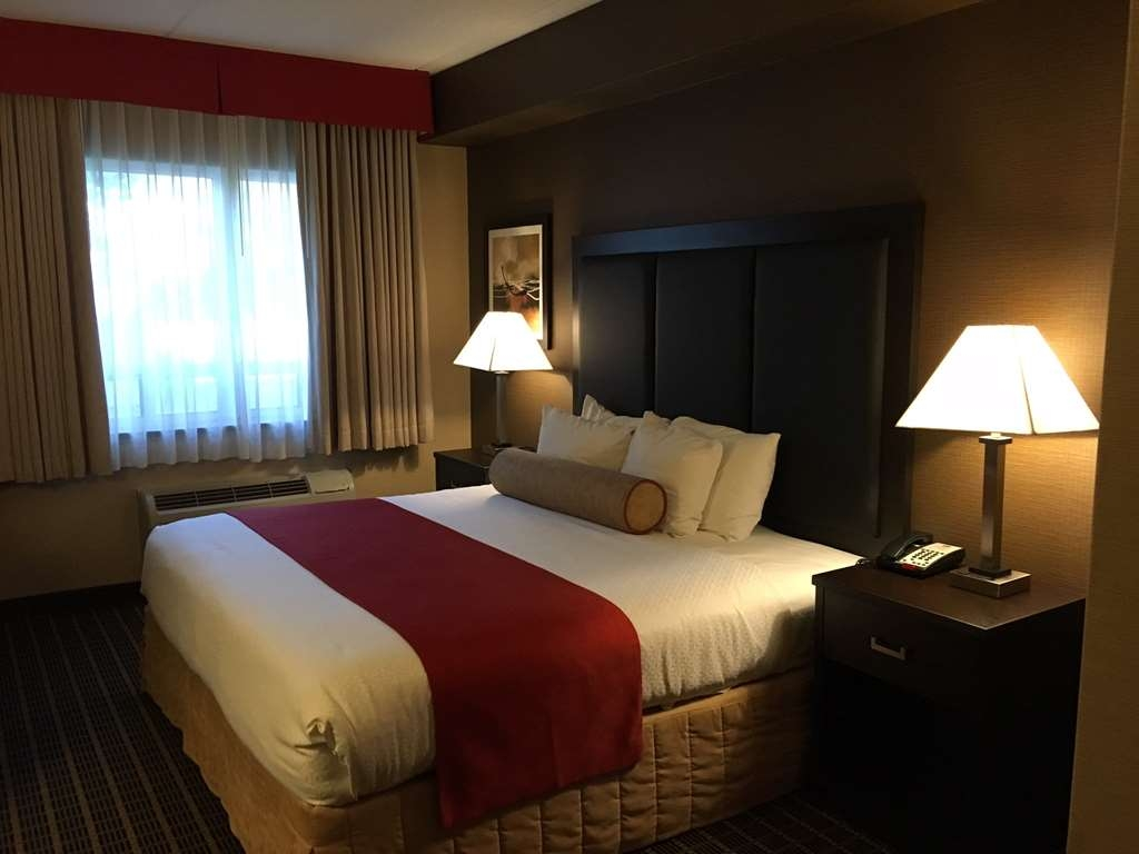 Best Western Plus Burlington Inn & Suites - Camere / sistemazione