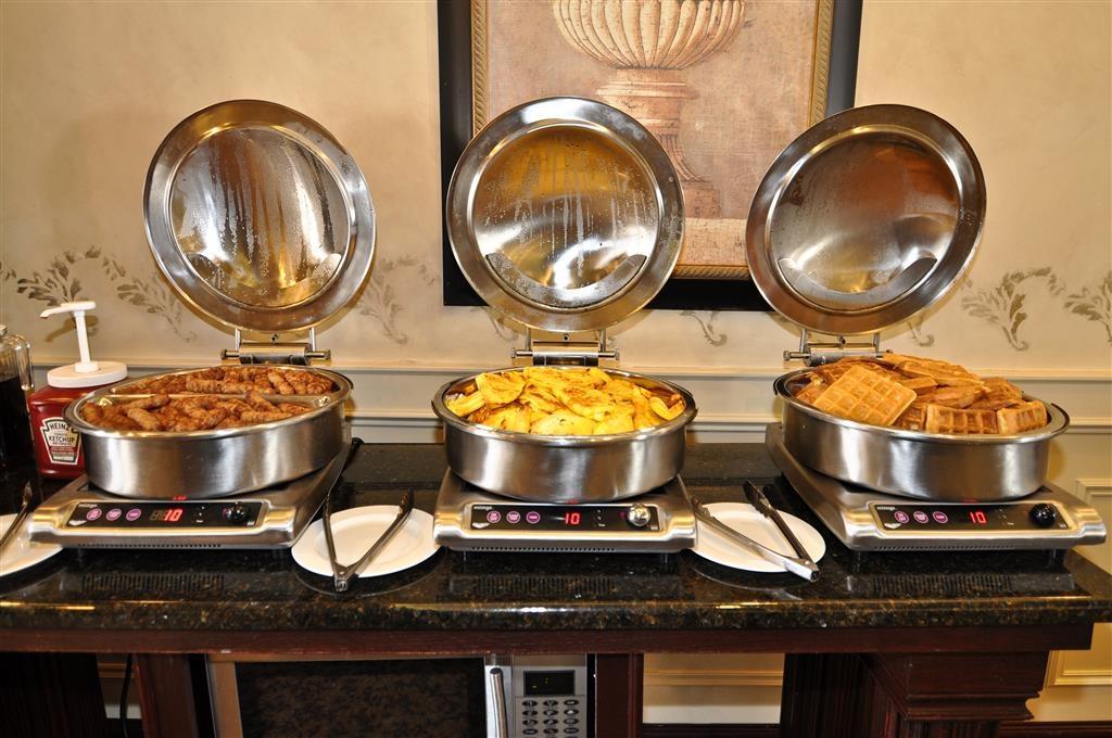 Best Western Plus Orillia Hotel - Prima colazione a buffet