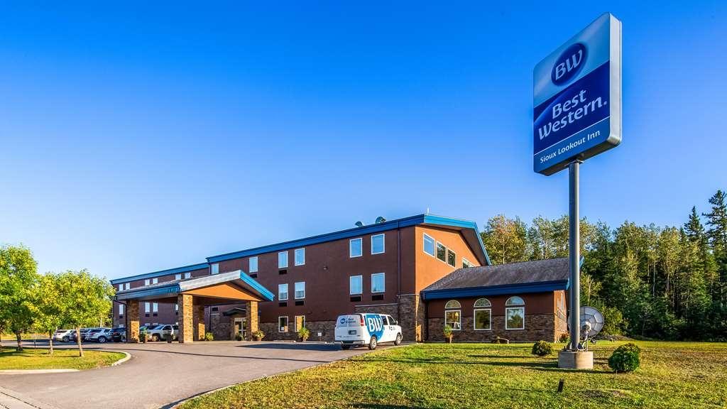 Best Western Sioux Lookout Inn - Hotel Exterior