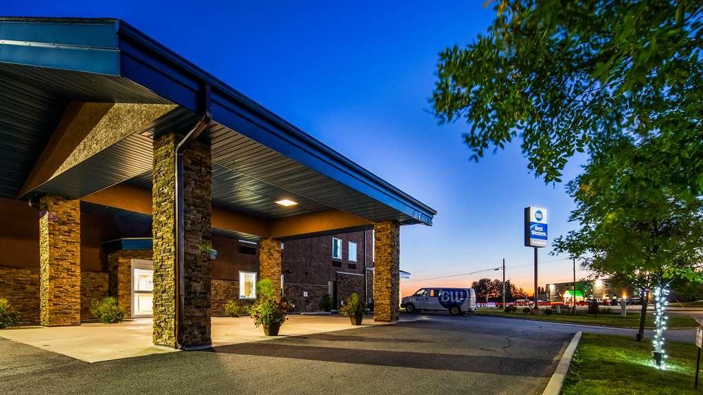 Best Western Sioux Lookout Inn - Façade