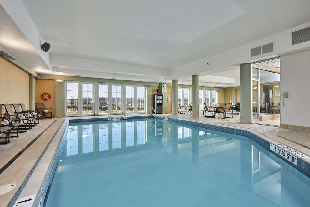 Best Western Plus Orangeville Inn & Suites - A great spot to relax with a splash in our indoor pool, open year-round. Not only can you relax, you can rejuvenate from a long day.