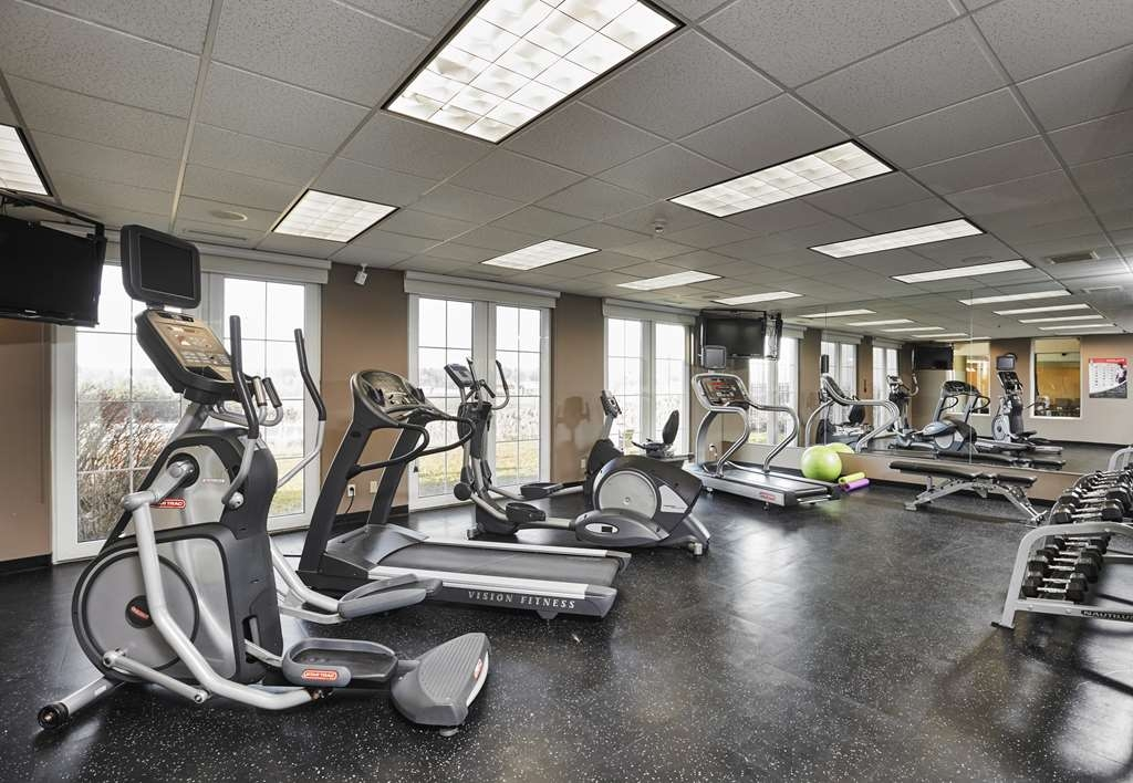 Best Western Plus Orangeville Inn & Suites - Keep up with your healthy lifestyle in our 24-hour fitness center.