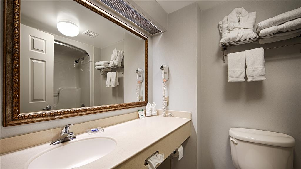 Best Western Milton - Guest bathrooms include granite upgrades.