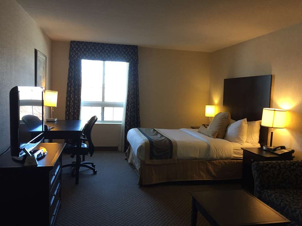 Best Western Milton - All guest rooms provide free high-speed internet, refrigerator and microwave.