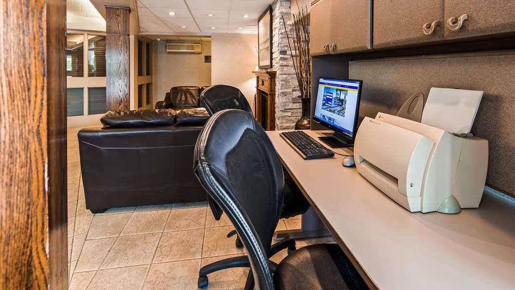 Best Western Milton - Business Centre located in the hotel lobby.