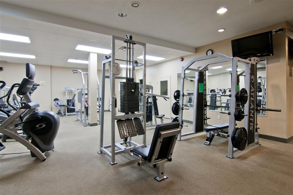 Best Western St Catharines Hotel & Conference Centre - Keep up with your fitness routine in our robust fitness center.