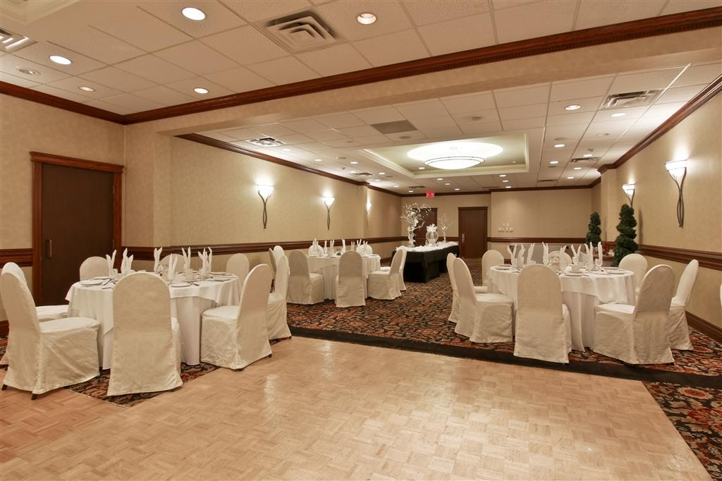 Best Western St Catharines Hotel & Conference Centre - Ask us about our wedding packages.