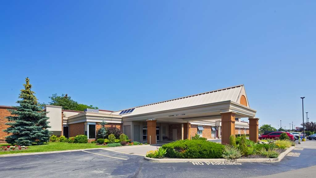 Best Western St Catharines Hotel & Conference Centre - Make your stay in Niagara special when you book a room at the Best Western St. Catharines Hotel!