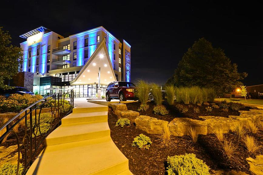 Best Western Premier C Hotel by Carmen's - Facciata dell'albergo