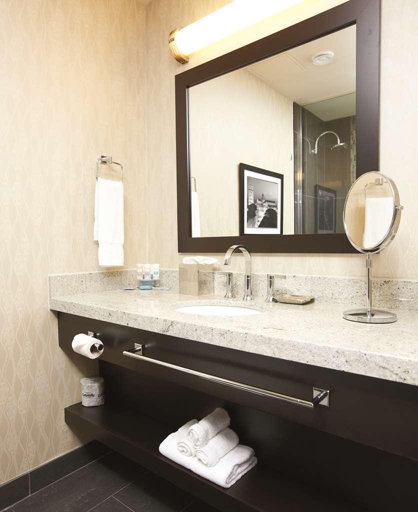 Best Western Premier C Hotel by Carmen's - Suite
