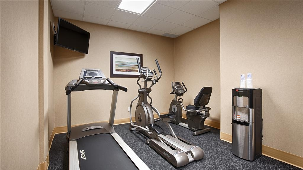 Best Western Plus Fergus Hotel - exercise chambre