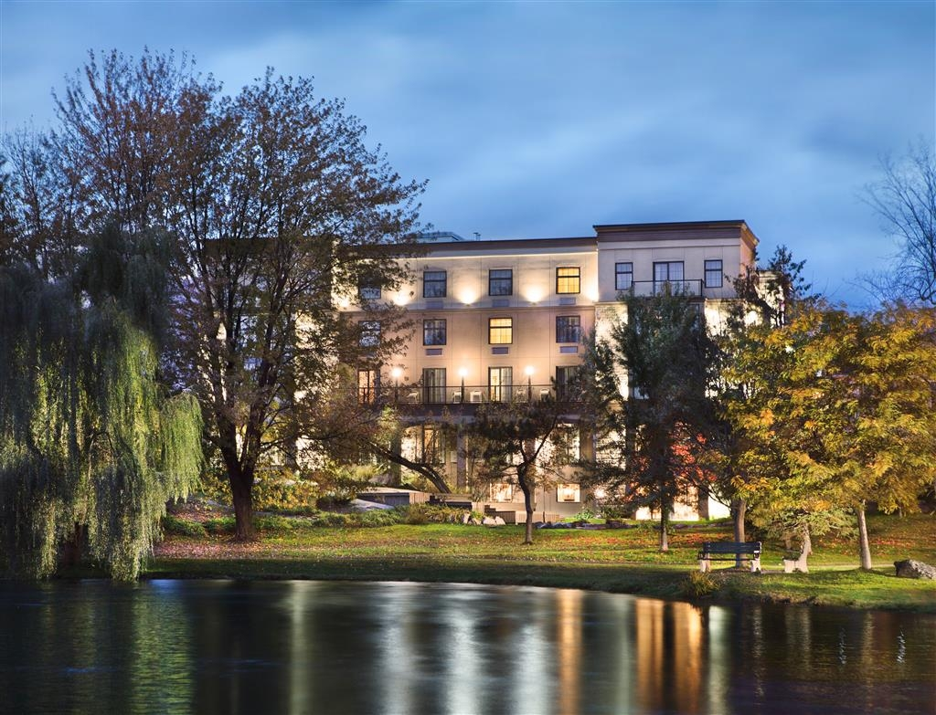 Best Western Plus Perth Parkside Inn & Spa - Facciata dell'albergo