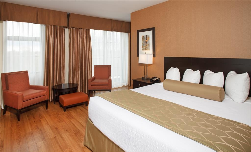 Best Western Plus Perth Parkside Inn & Spa - Suite