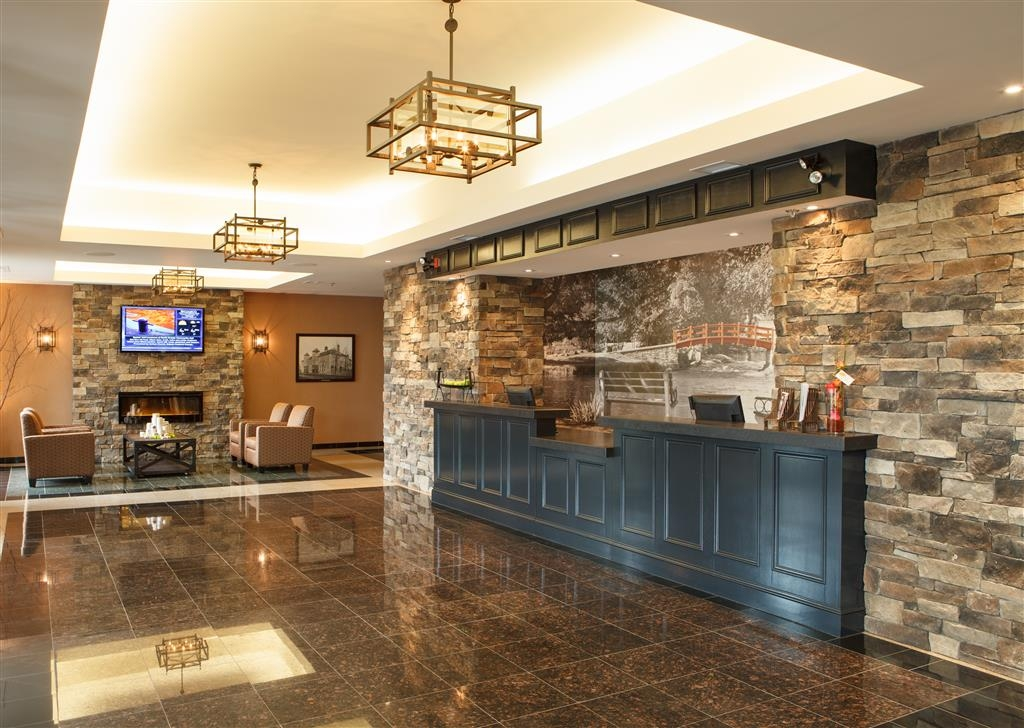 Best Western Plus Perth Parkside Inn & Spa - reception