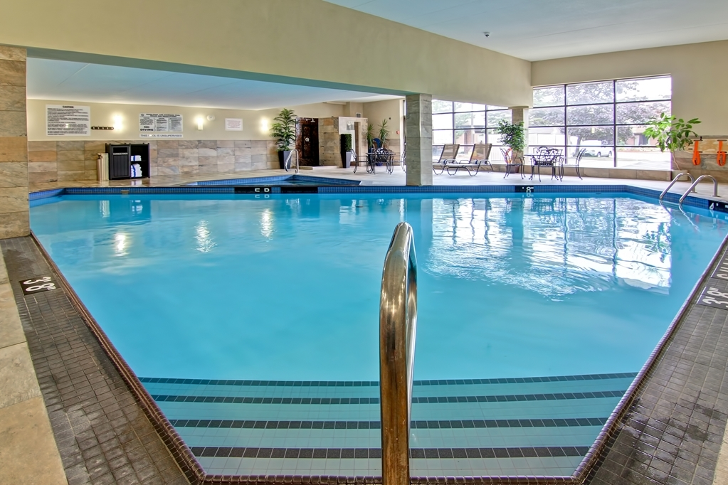Best Western Plus Toronto North York Hotel & Suites - Not only is it therapeutic but contributes to your exercise routine