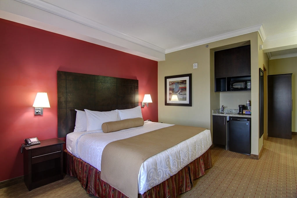 Best Western Plus Bowmanville - All of our rooms come equipped with a microwave and a refrigerator .