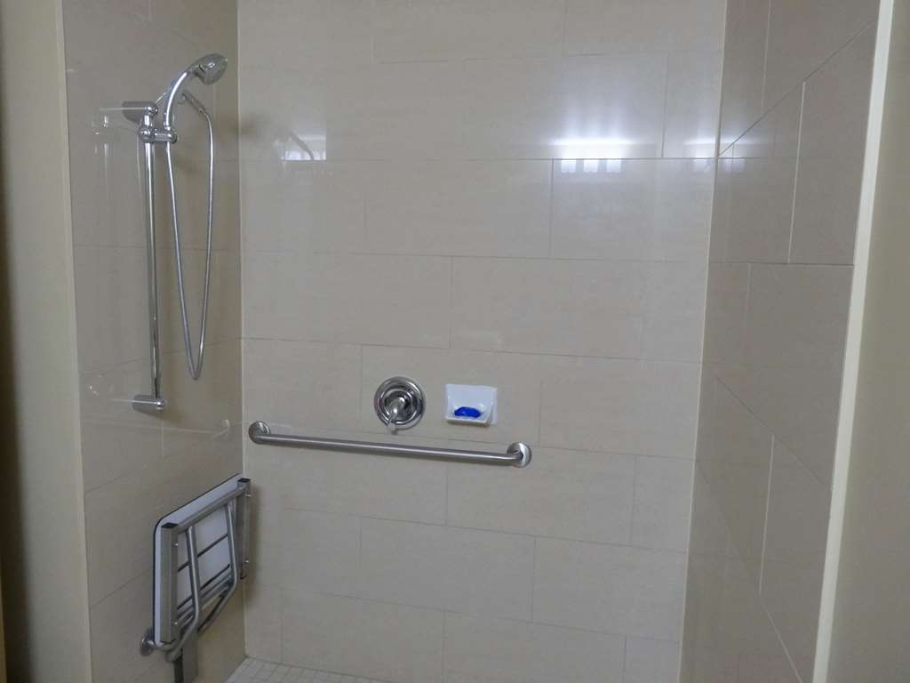 Best Western Plus Bowmanville - Mobility Accessible Bathroom with Roll-In Shower