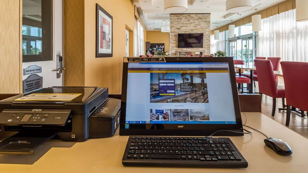 Best Western Plus Bowmanville - affari-centro