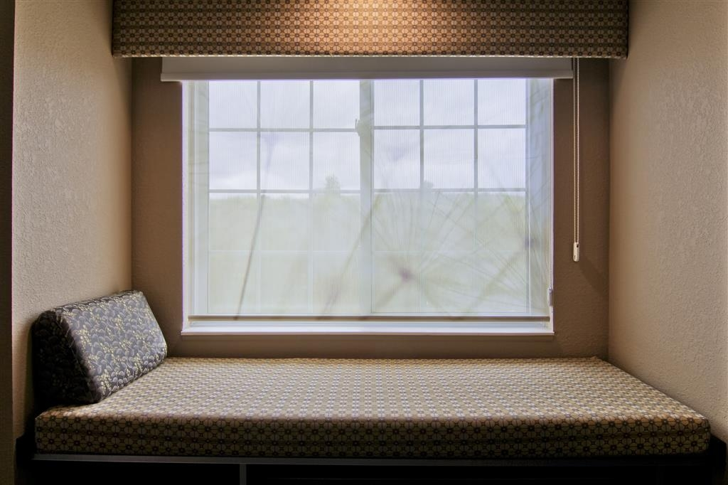 Best Western Plus Woodstock Inn & Suites - Window Seat in all guest rooms and suites.