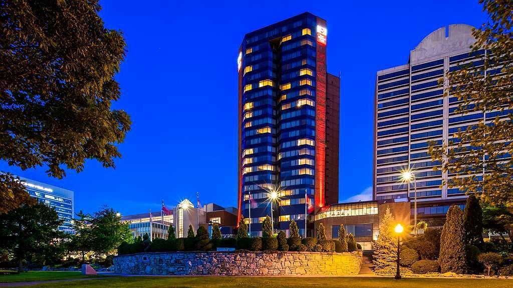 Best Western Plus Waterfront Hotel - Aussenansicht