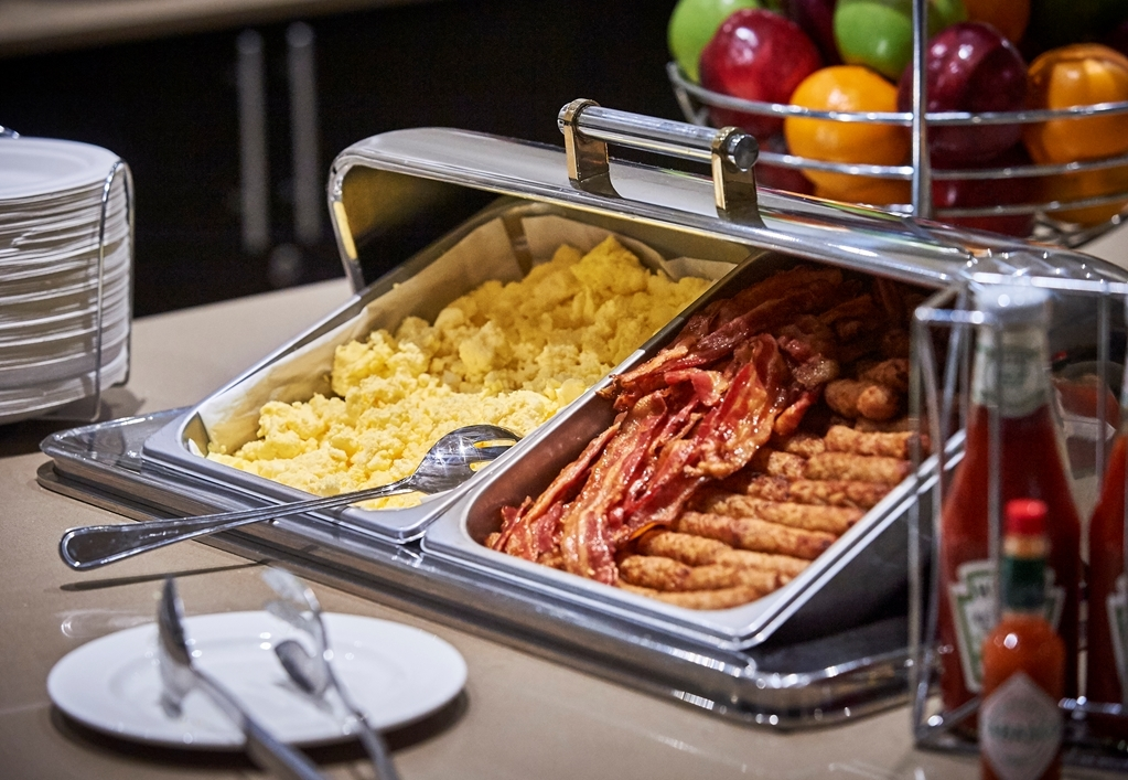 Best Western Plus Waterfront Hotel - Desayuno Buffet