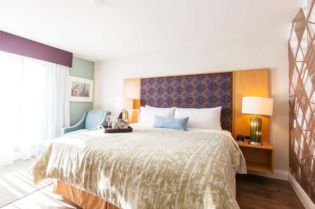 Best Western Premier Toronto Airport Carlingview Hotel - Chambres / Logements