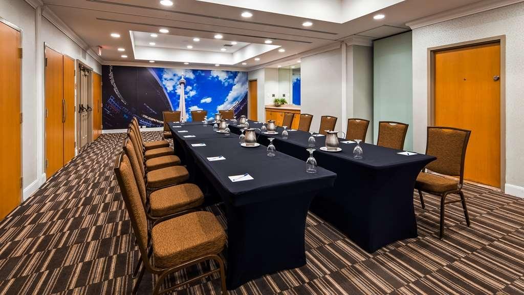 Best Western Premier Toronto Airport Carlingview Hotel - Sala de reuniones