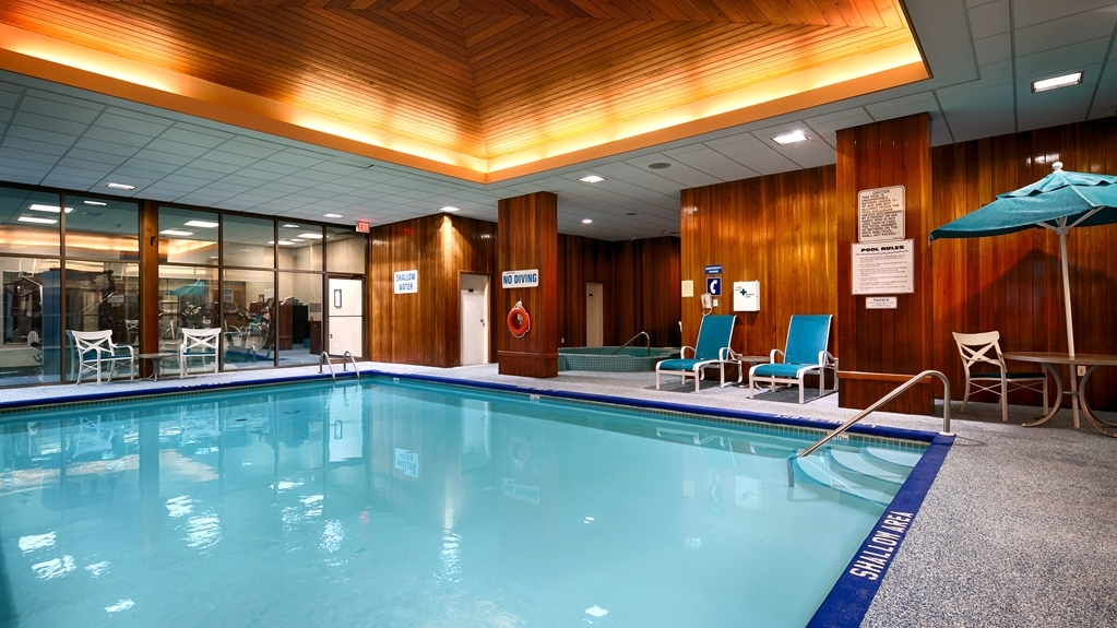 Best Western Plus The Arden Park Hotel - Whether you want to relax poolside or take a dip, the heated indoor pool is open 6:30 a.m. to 10 p.m.