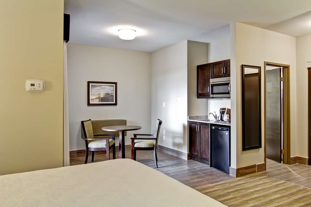 Best Western London Airport Inn & Suites - Habitaciones/Alojamientos