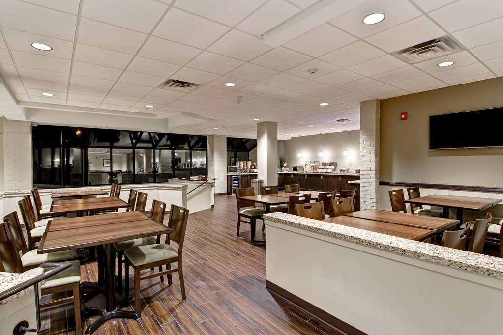 Best Western London Airport Inn & Suites - Restaurante/Comedor