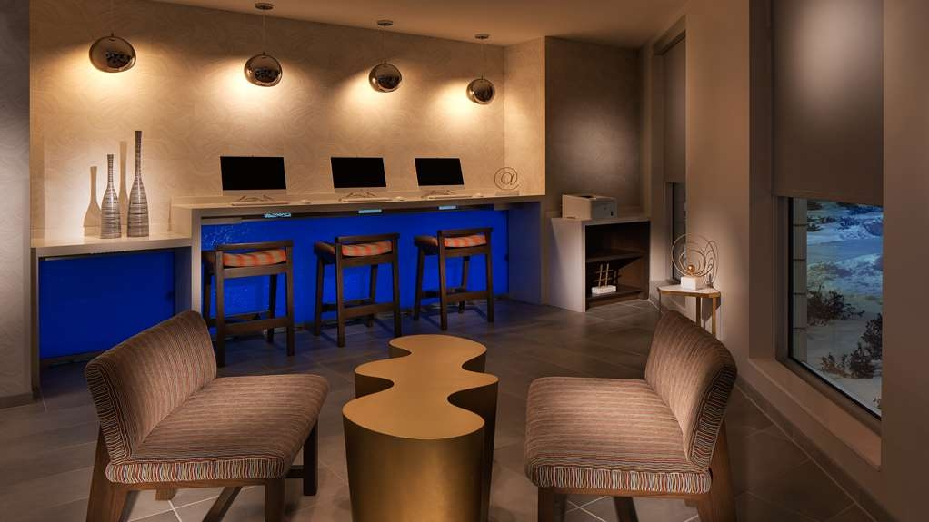 GLo Best Western Kanata Ottawa West - For a glo'ing experience stop by our business center at night!