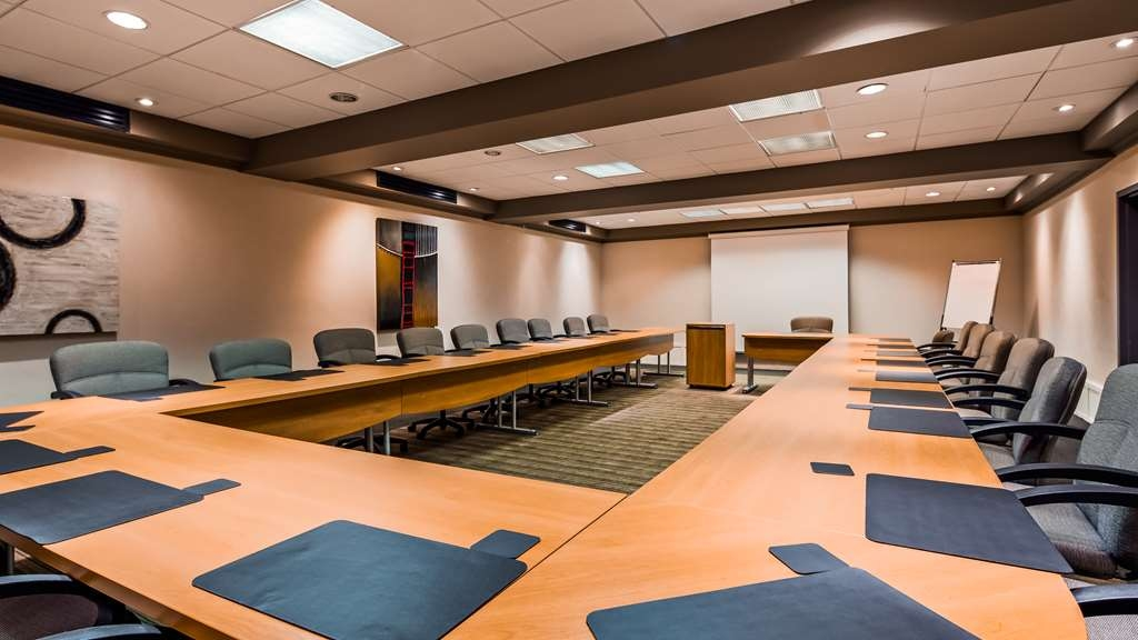 Best Western Premier Hotel Aristocrate - Easy access for your participants and perfect for your meetings!