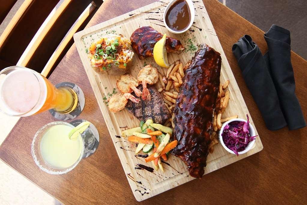 Best Western Hotel St. Jerome - Avec leur séjour les clients de l'hôtel obtiennent un rabais de 15% sur la nourriture lors du souper à la Gare 422, restaurant annexé à l'hôtel