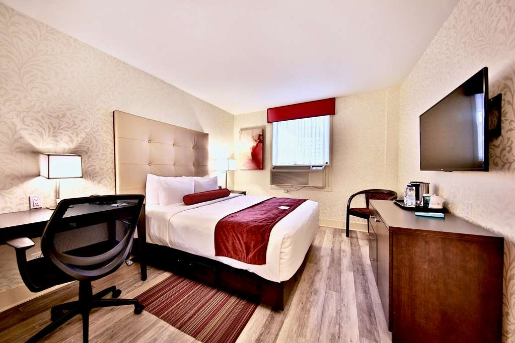 Best Western Plus Montreal Downtown-Hotel Europa - Guest room