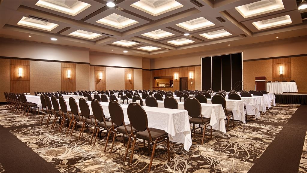 Best Western Hotel Universel Drummondville - Don't forget we have audio and visual equipment to ensure your next meeting is successful.