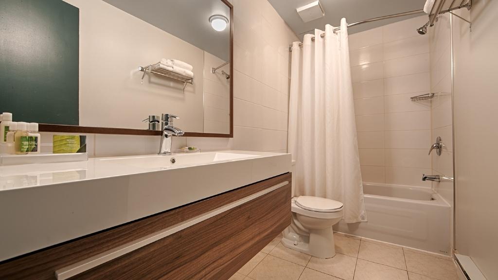 Best Western Plus Hotel Albert Rouyn-Noranda - Bagno