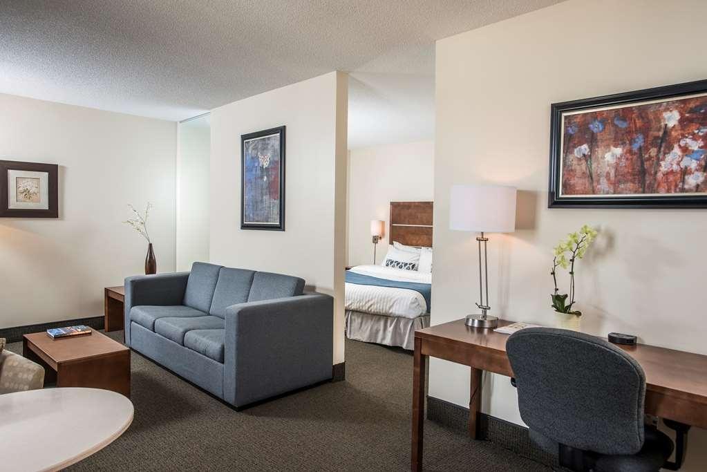 Best Western Plus Hotel Albert Rouyn-Noranda - Suite