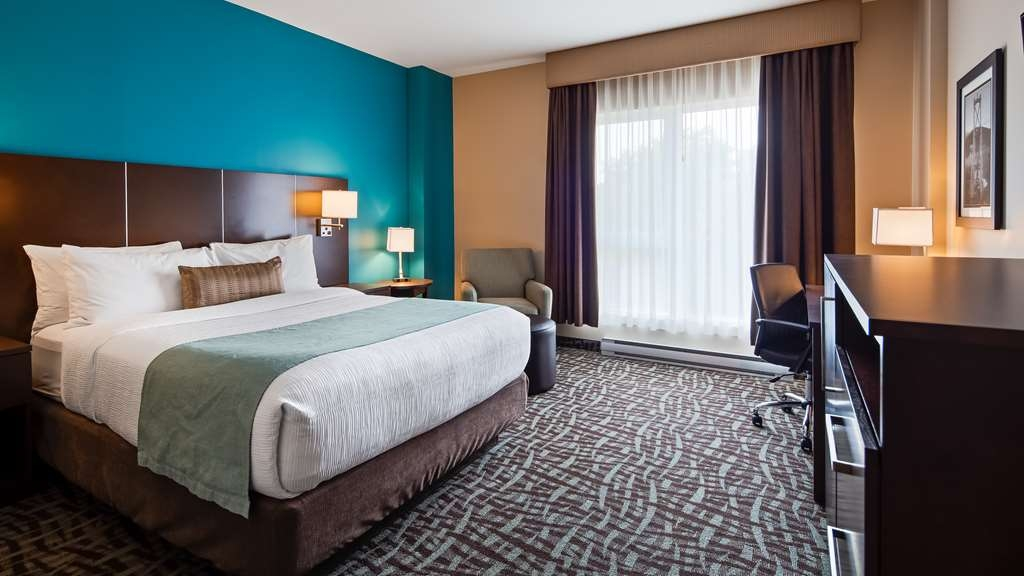 Best Western Plus Hotel Montreal - Guest Room