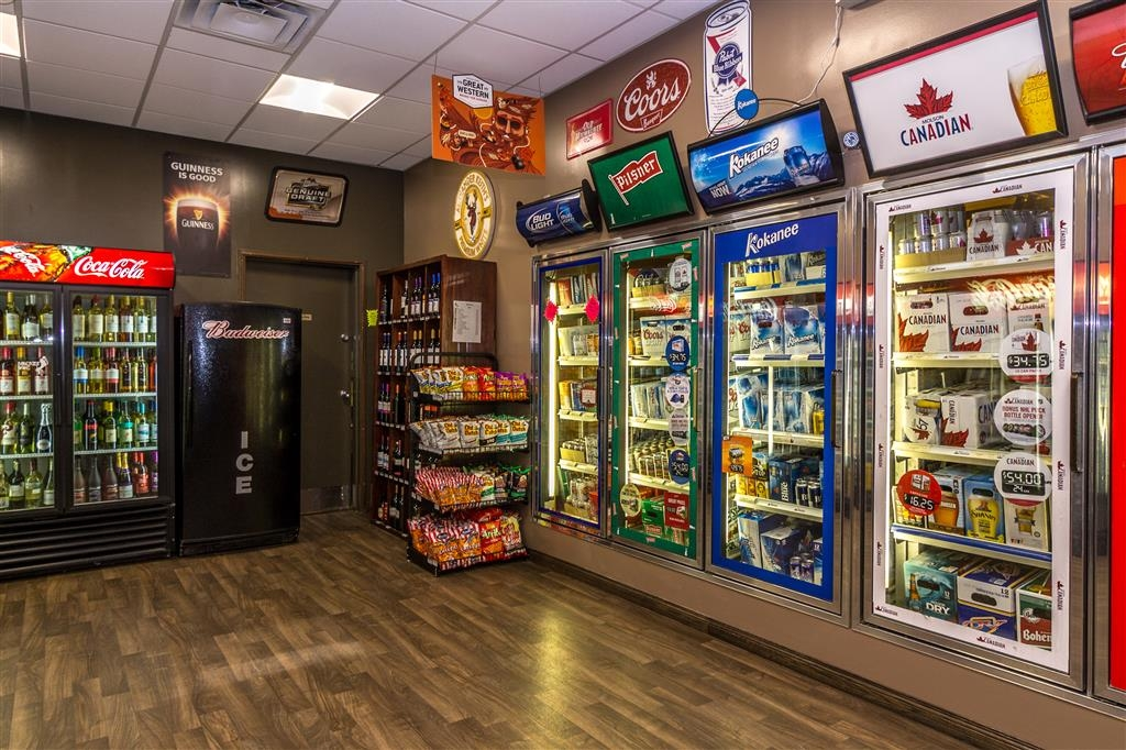 Best Western Marquis Inn & Suites - Visit the Cold Beer and Wine Store located onsite at our hotel.