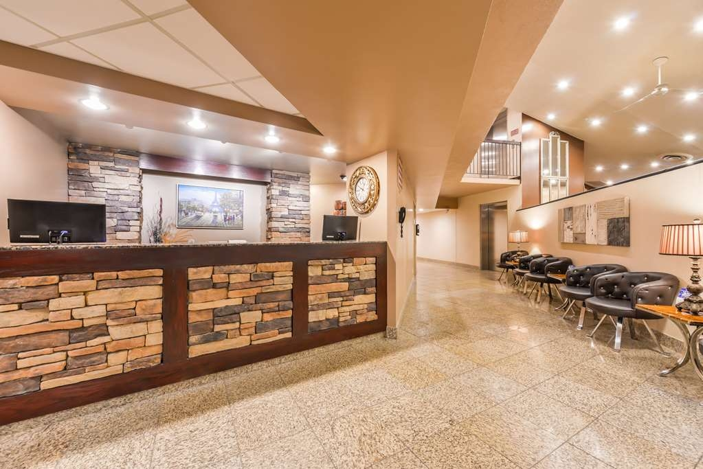 Best Western Marquis Inn & Suites - Hall