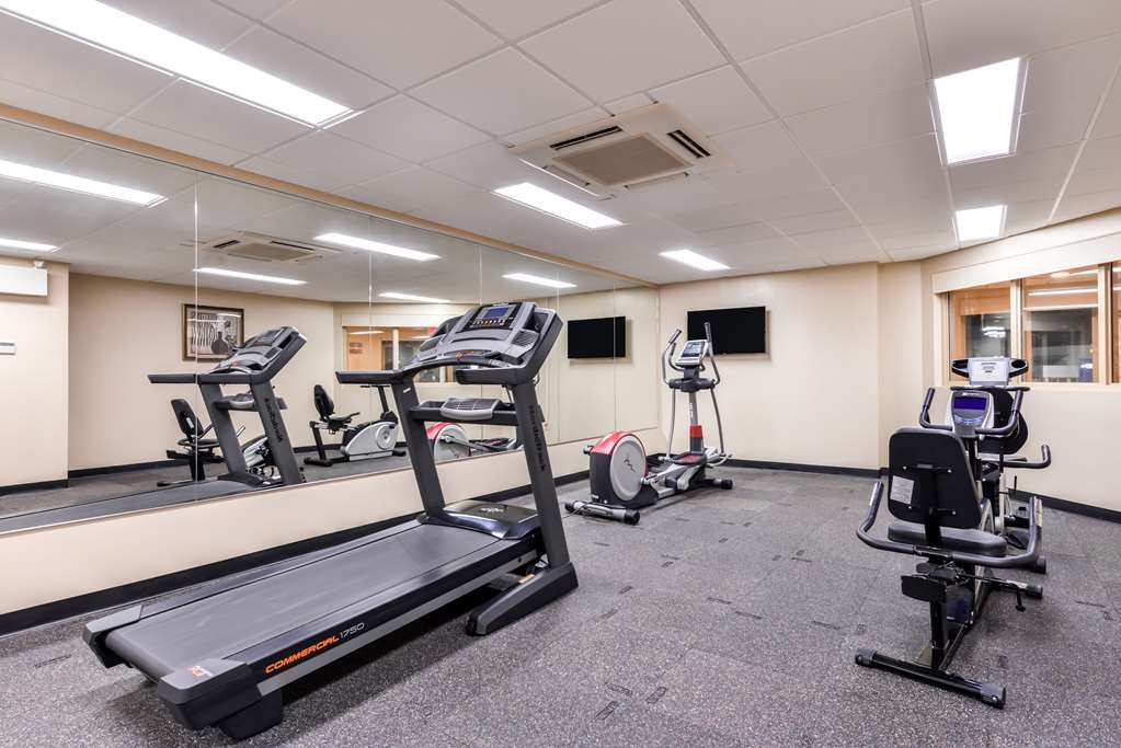 Best Western Marquis Inn & Suites - Our fitness center allows you to keep up with your home routine even when you're traveling.