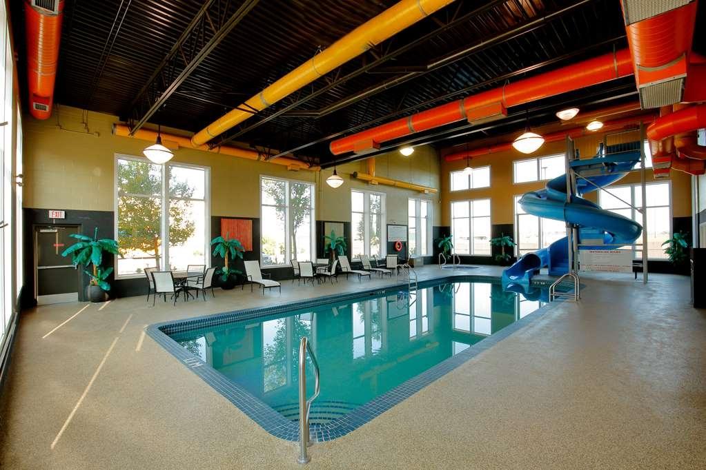 Best Western Blairmore - piscina cubierta